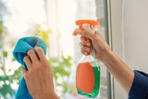 mytí a leštění oken ceník