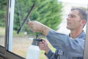 Nabízíme kvalitní mytí oken