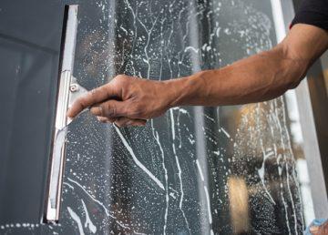 mytí oken cena