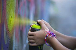 spolehlivý servis odstraňování graffiti