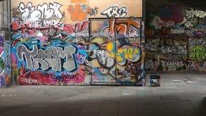 Jak se co nejrychleji zbavit graffiti a tagů?