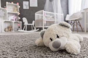 ako dokladne vyčistiť koberec?